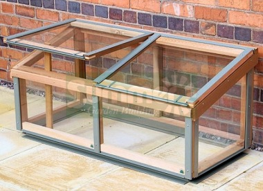 Alton Evolution Cold Frame - Cedar, Aluminium Capping
