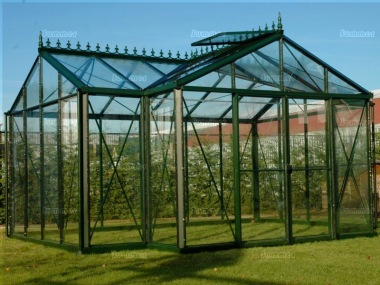 Large Aluminium Orangery 351 - Valley Roof, Box Section