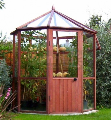 Alton Octagonal Greenhouse 6x6 - Cedar, Glass to Ground