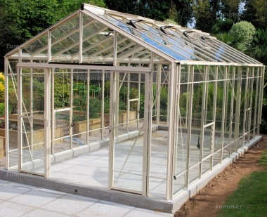 Robinsons Rosette Reach Greenhouse