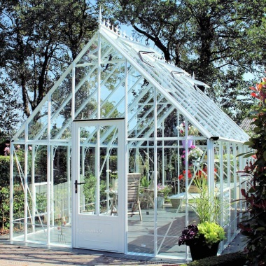 Robinsons Victorian Reigate Greenhouse - Glass To Ground